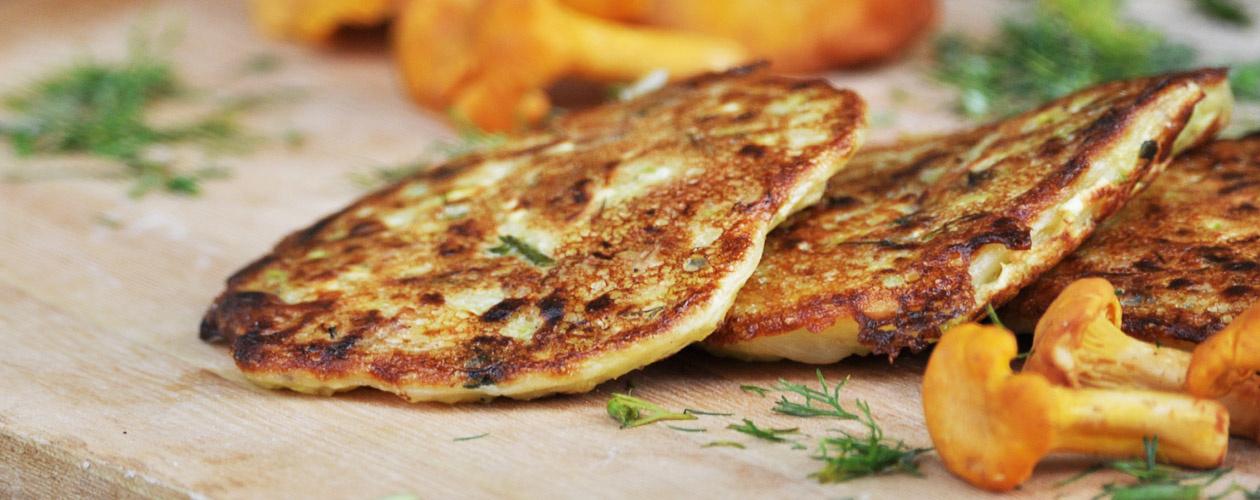 Placki ziemniaczane naszybki ismaczny obiad – pomysły najesienne sosy
