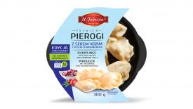 Pierogi z kozim serem i sosem żurawinowym